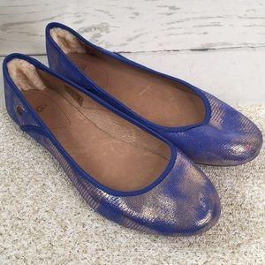 Ugg Antora Lizard Sheepskin Royal Blue Gold Flats